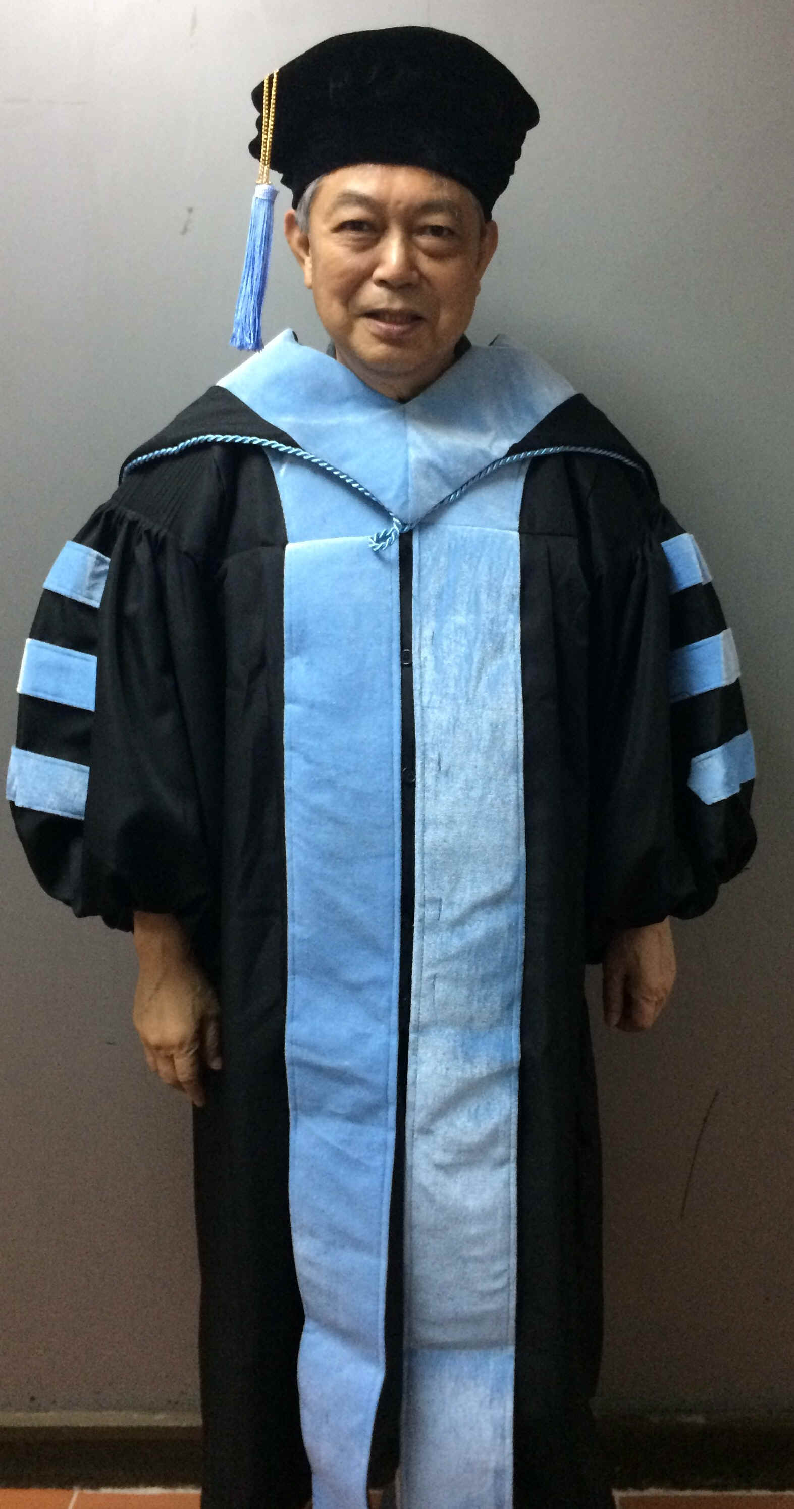 Graduation Gowns (Toga) for Hire or Sale from Filmo Singapore